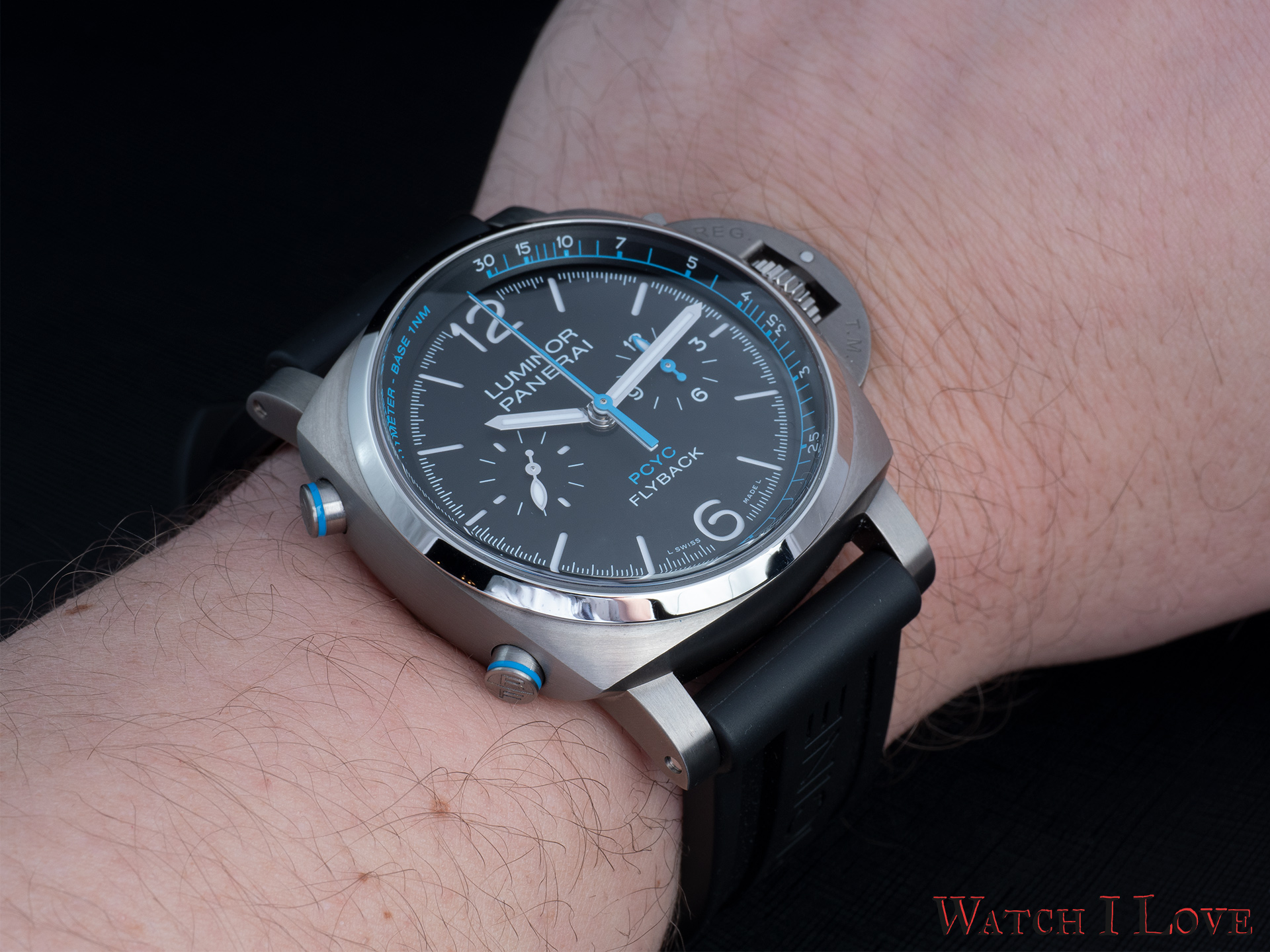 Panerai PAM764 on the wrist