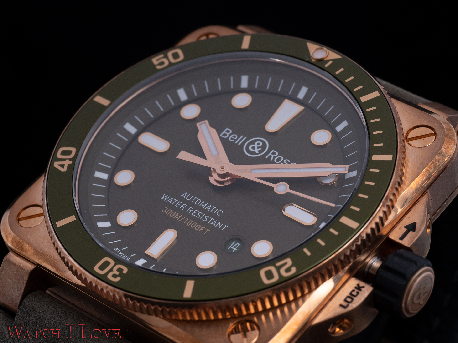 Bell&Ross BR03-92 Green Bronze Diver dial
